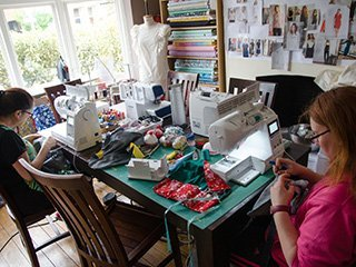 Bobbins and Buttons sewing classes