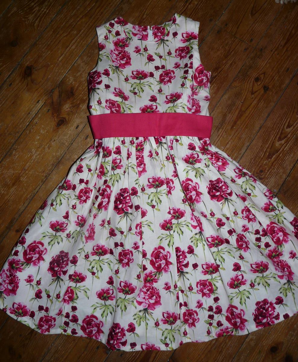 peony dress bobbins and buttons