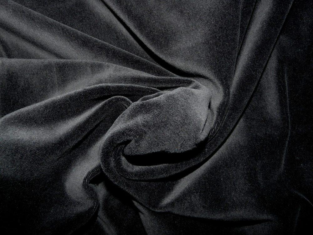black-velvet-twist