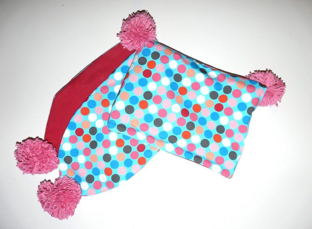 Kids knit fabric pom pom scarf tutorial bobbins buttons for Kids knit fabric