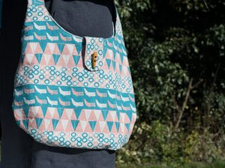Projects – Reversible slouch bag.