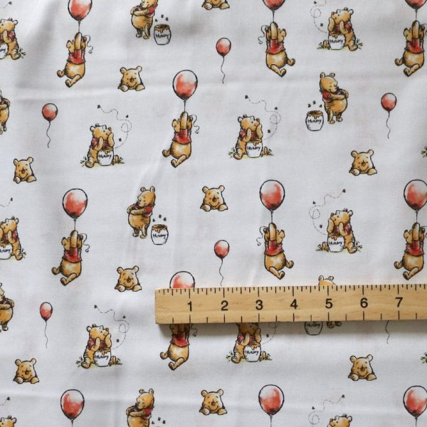Winnie the pooh honey hunt - Bobbins and buttons