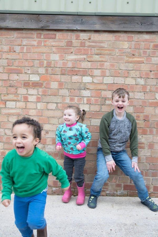 Theodor - kids raglan sleeve sweatshirt patter