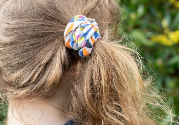 scrunchies tutorial from Bobbins and buttons