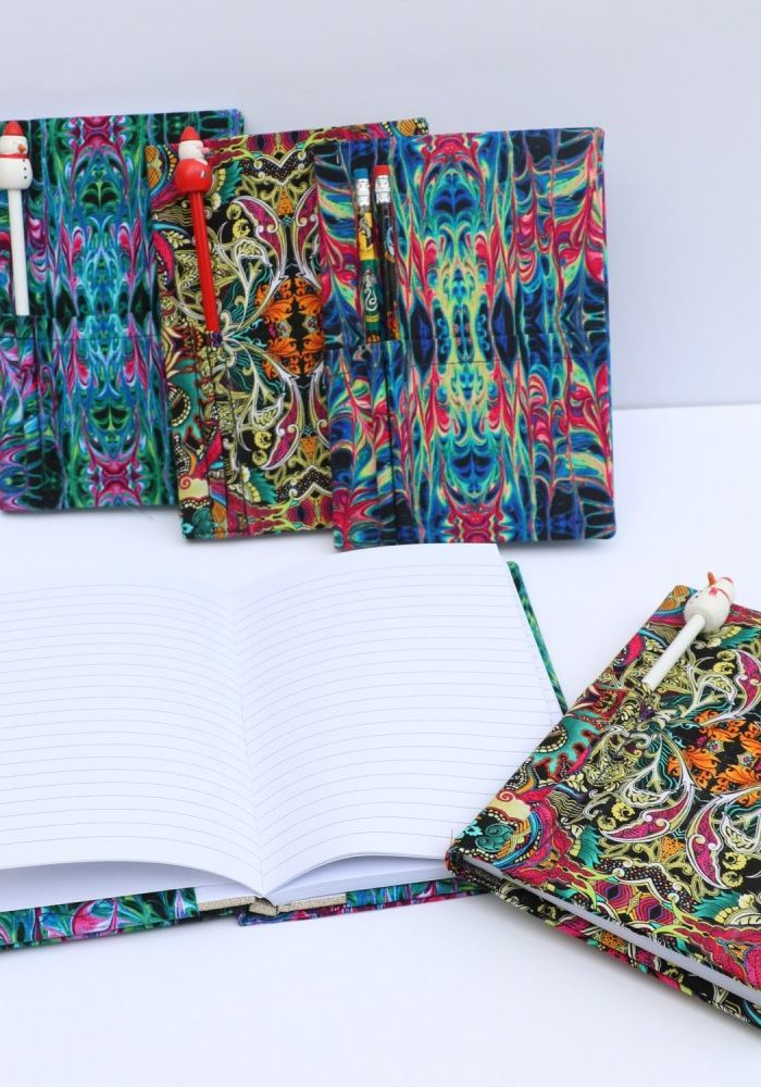 fabric notbook with pen holder tutorial